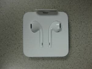 OEM Apple EarPods Earphones For iPhone Remote & Mic with Lightning Connector $8.99