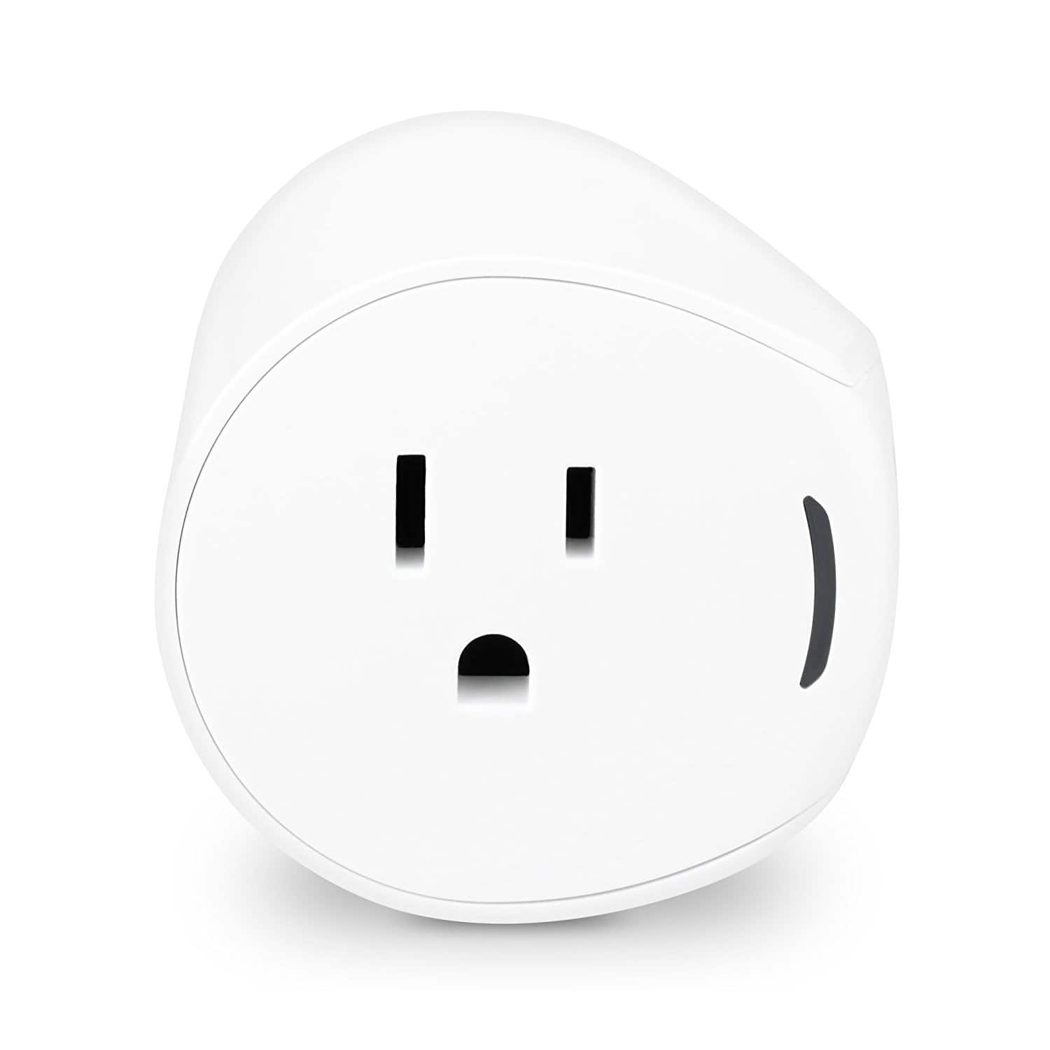 Samsung SmartThings Outlet, F-OUT-US-2, Works with Amazon Alexa $22.49