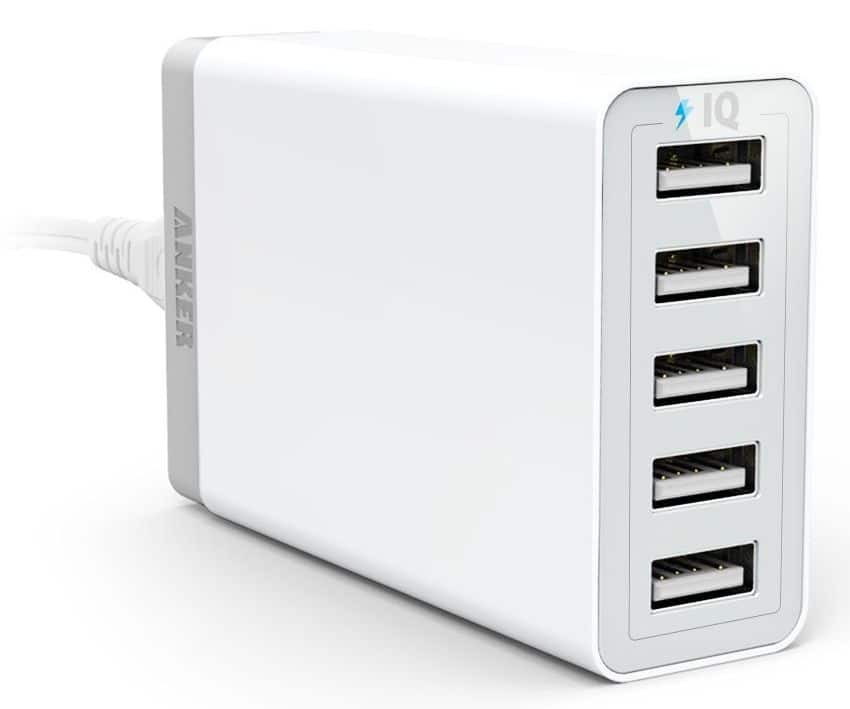 Anker 40W 5-Port desktop charger PowerIQ $18.99 + FS - Newegg
