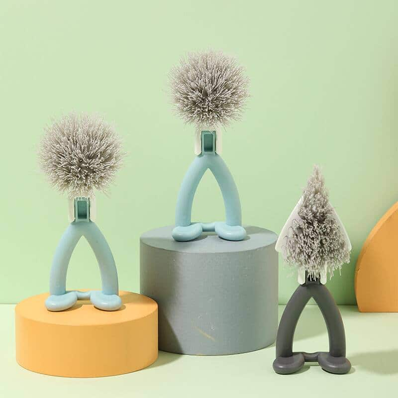 2-piece Round and Triangular Head Kitchen Brush with Folding Handle for $8.79 + Free Shipping