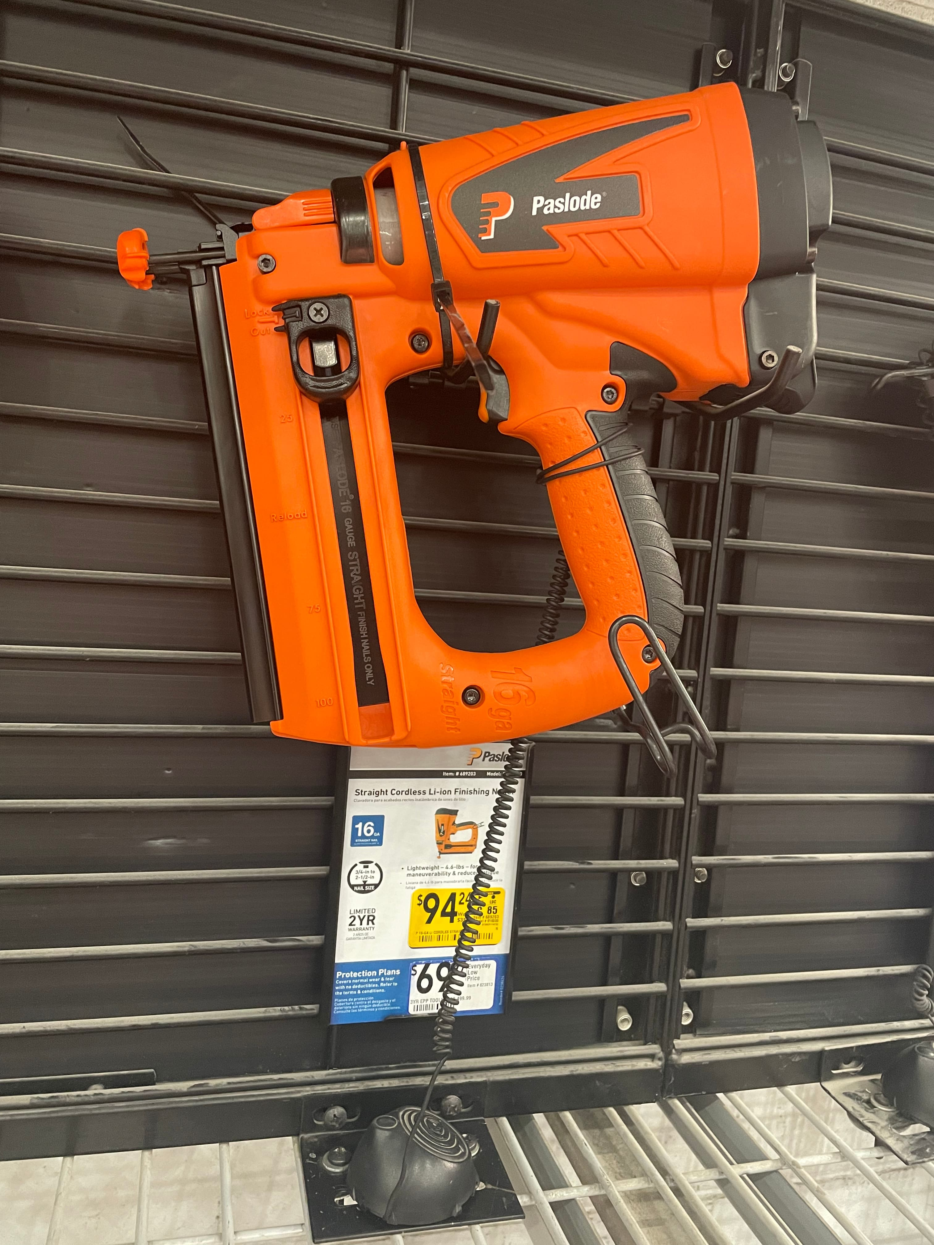 Paslode Straight 2.5-in 16-Gauge 7.5-Volt Cordless Finish Nailer @ Lowes. YMMV and in store only - $94.24