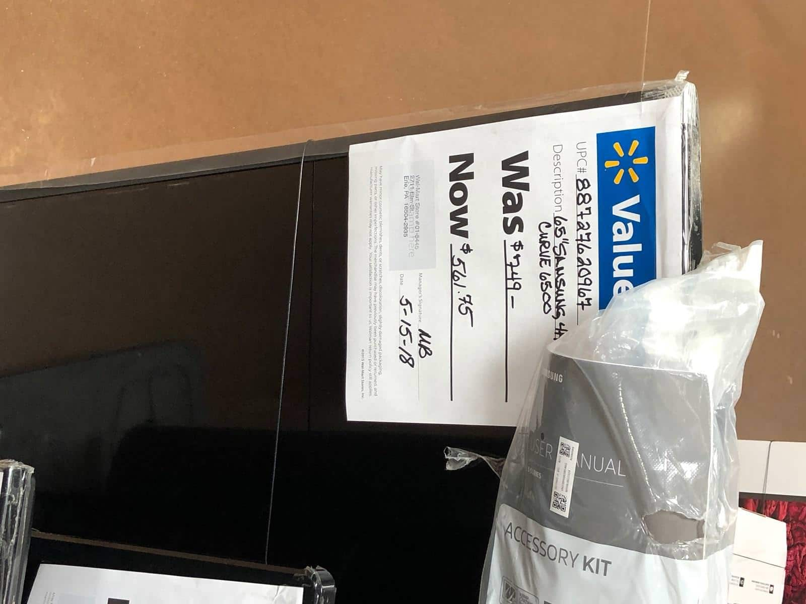 "YMMV - Samsung 65"" Curved 4k LED & Other Floor Models TVs on Clearance At Walmart $561.75"
