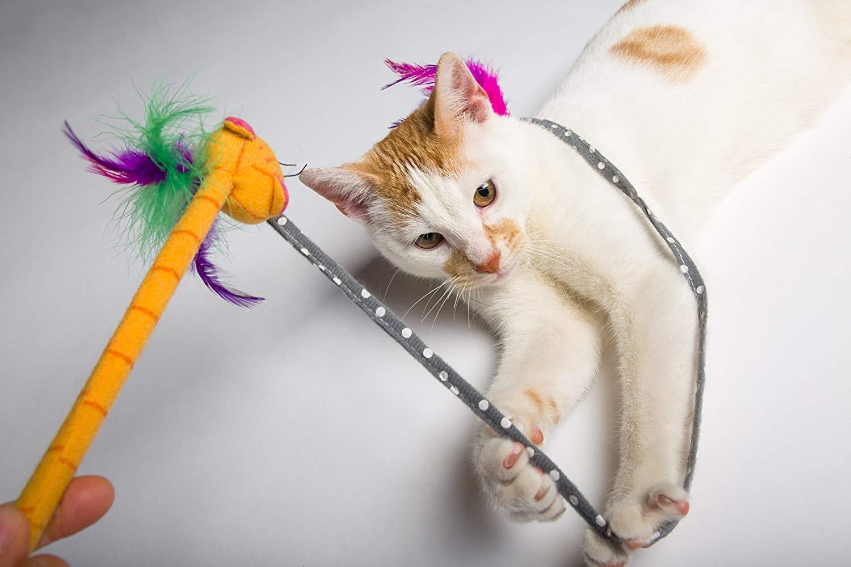 Hartz & Petstages Cat Toys - wand, dental toys, catnip toys & more $2
