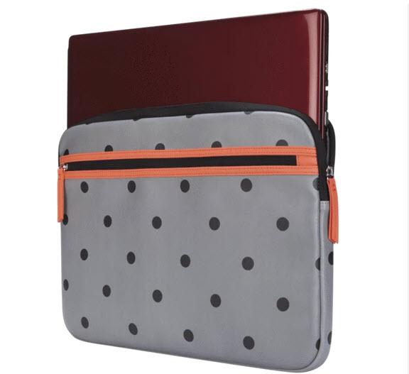 """Targus 15.6"""" Arts Edition Sleeve - Polka Dots  $16.99 + Free Shipping"""