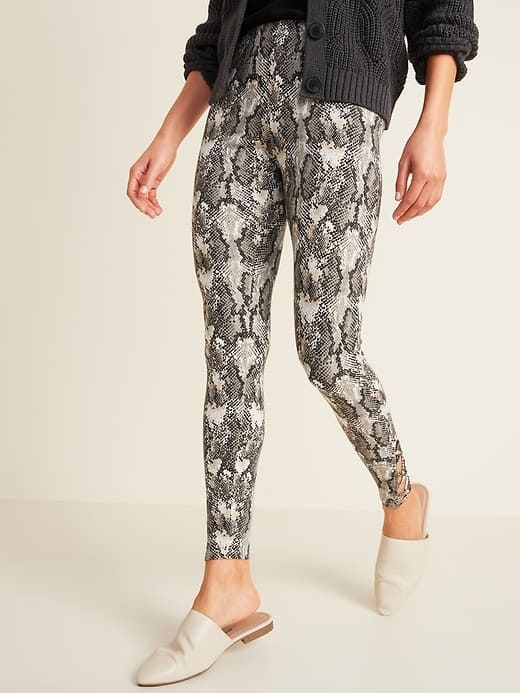 Women's Old Navy High-Waisted Jersey Leggings $3.50 + Free store pickup