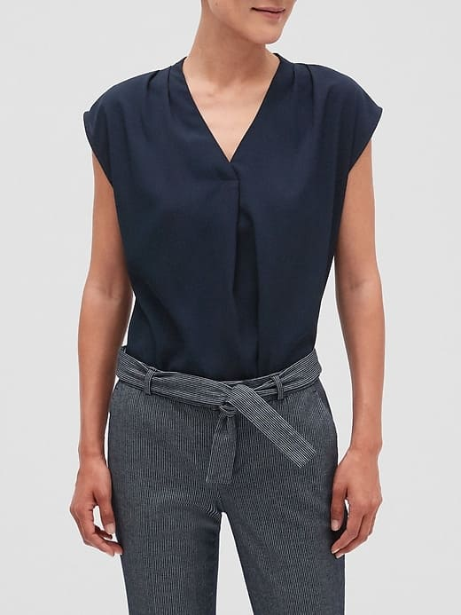"""Banana Republic Factory: Women's Tops from $22.92 ($5.73 each), Sculpt Skinny Jeans from 2-Pairs $27.18 ($13.59 each), Petite 5"""" Tailored Shorts from $25.46 ($6.36 each) shipped"""