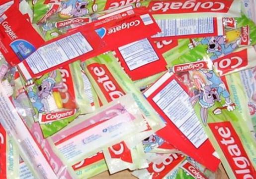 Colgate Bright Smiles Kit: Free for K-1 teachers