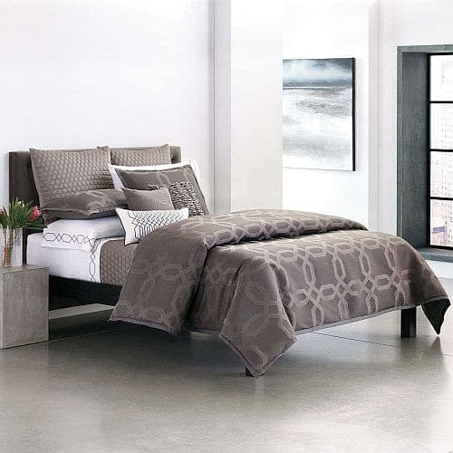 Kohl's Cardholders: 4-Pc Simply Vera Vera Wang City Shadow Comforter Set (Queen)  $43.40 + Free Shipping