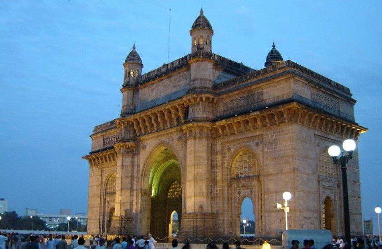 Qatar Airways Roundtrip Flight: Atlanta to Mumbai, India  $670 (Travel Aug - Oct)