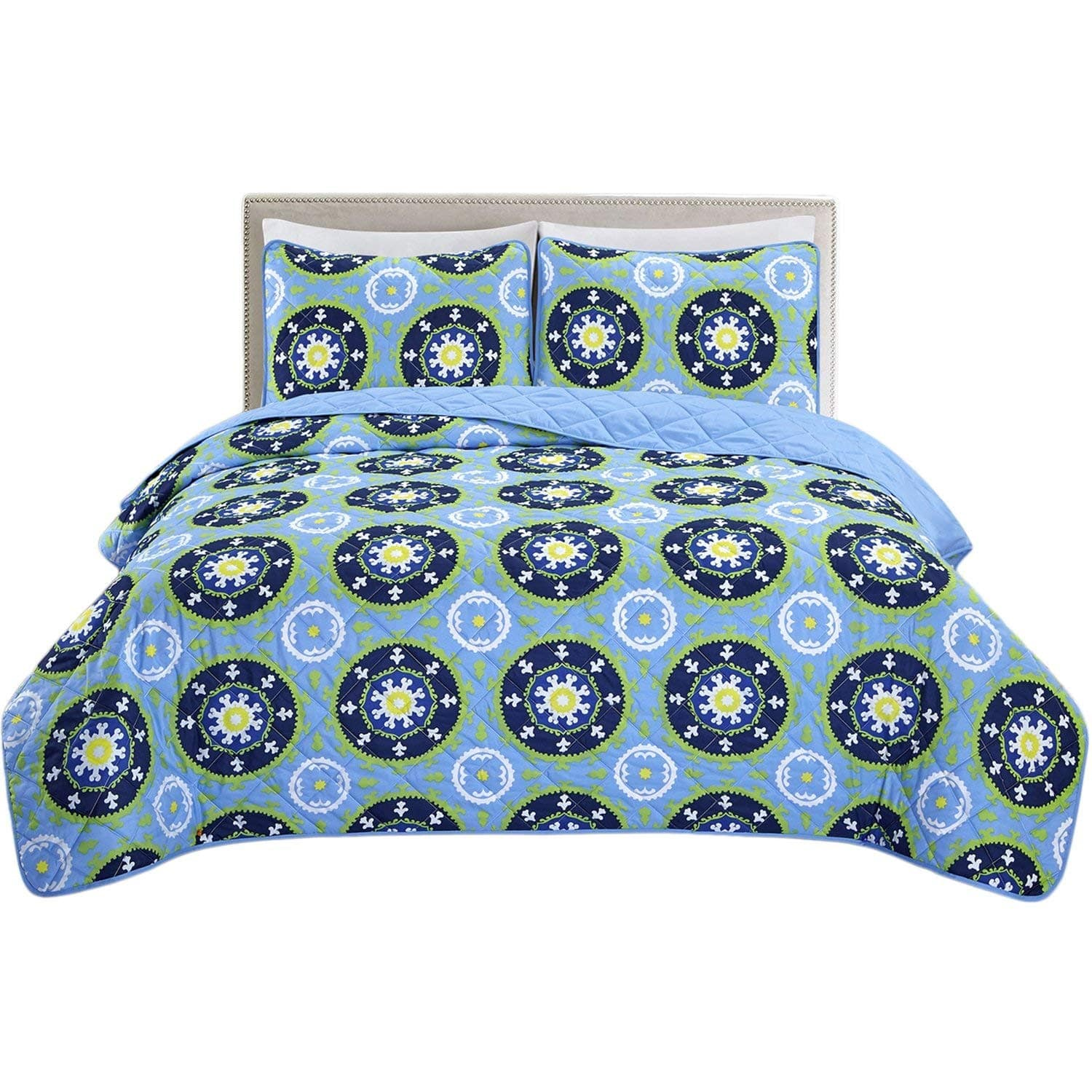 HollyHOME Bedspreads & Comforters Various Sizes & Patterns $8.33