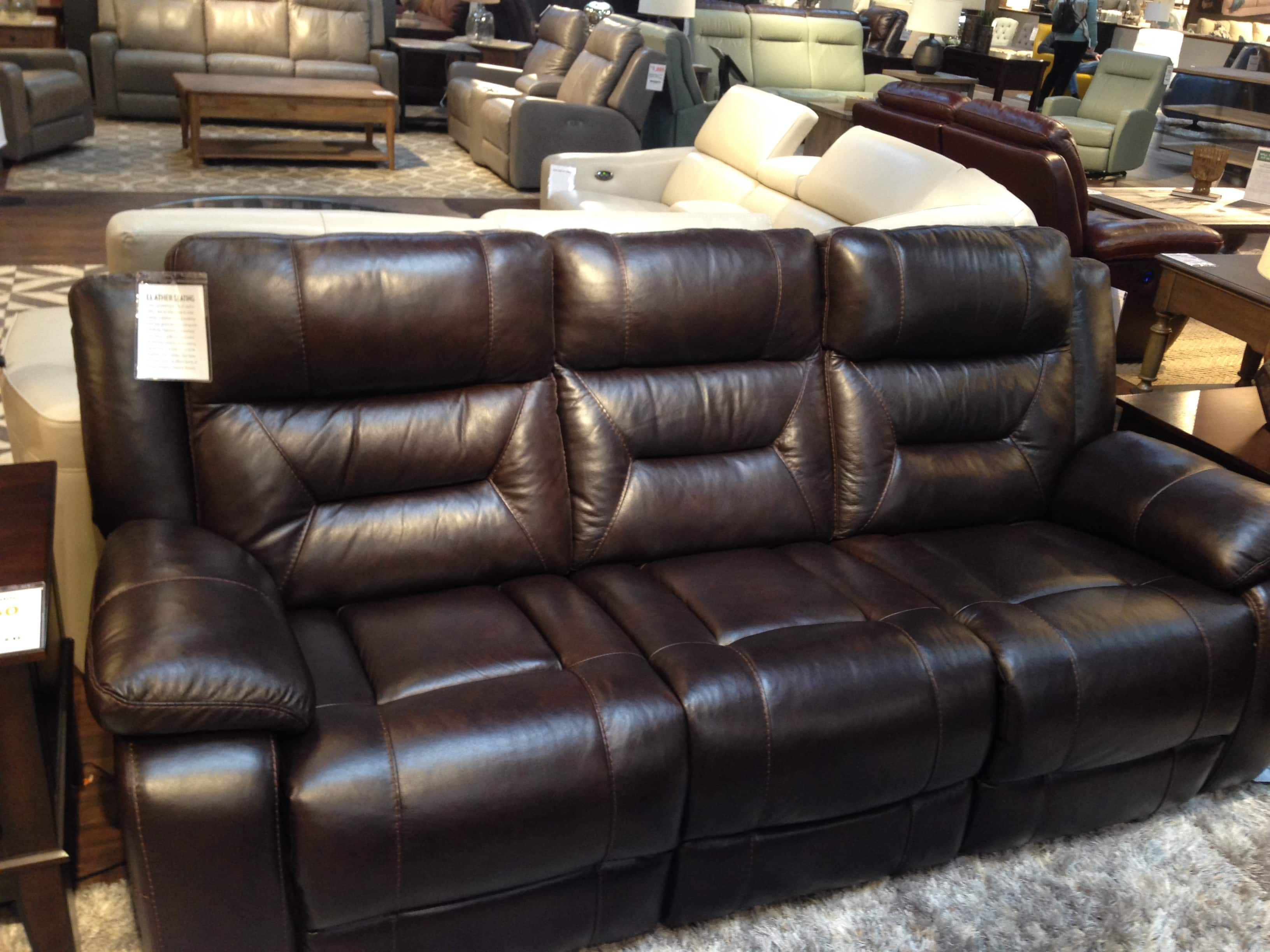 Etonnant Costco Pulaski Leather Sofa And Love Seat For $1500 Plus Tax
