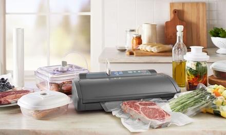 FoodSaver Complete Vacuum Sealing System (24-Piece Set) $70 @ Groupon