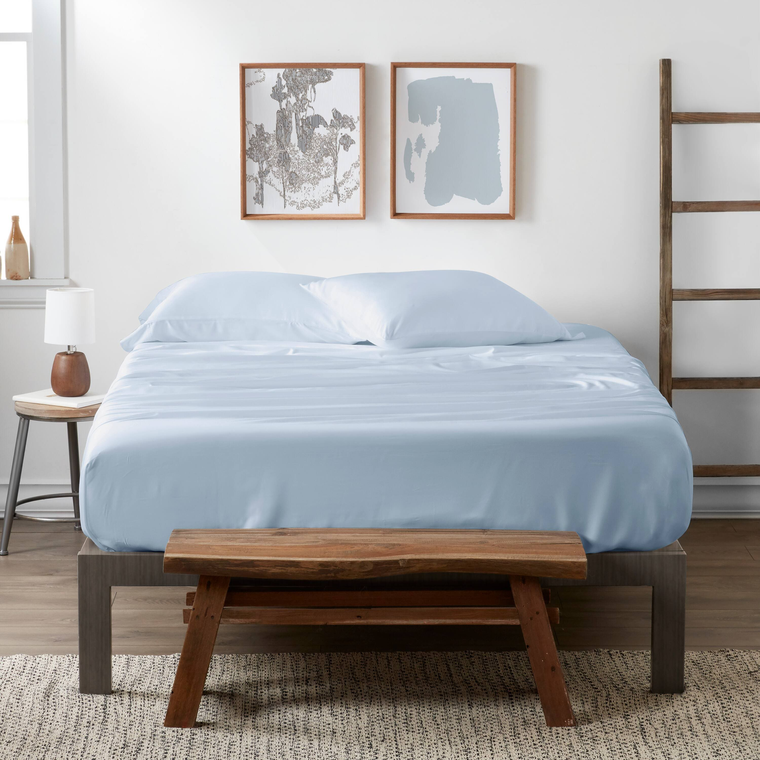 Linens & Hutch Luxury Bamboo 4-Piece Solid Sheet Set: Starting from $52.15 + Free Shipping!