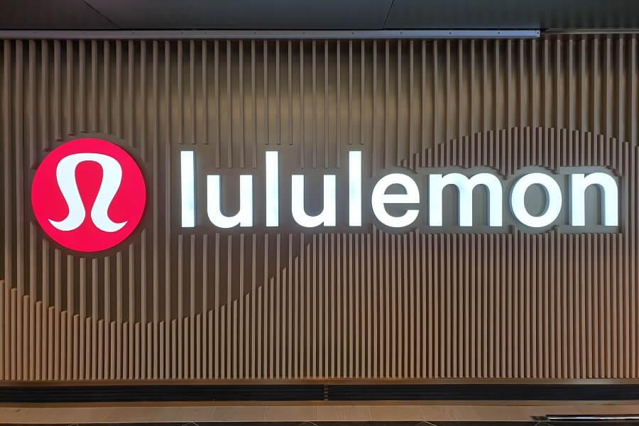 Google Pay Offers: Spend $100+ at Lululemon Online, Get $20 Cash Back   Earn 20% Cashback At Banana Republic   Earn 20% Cashback At Shoes.com