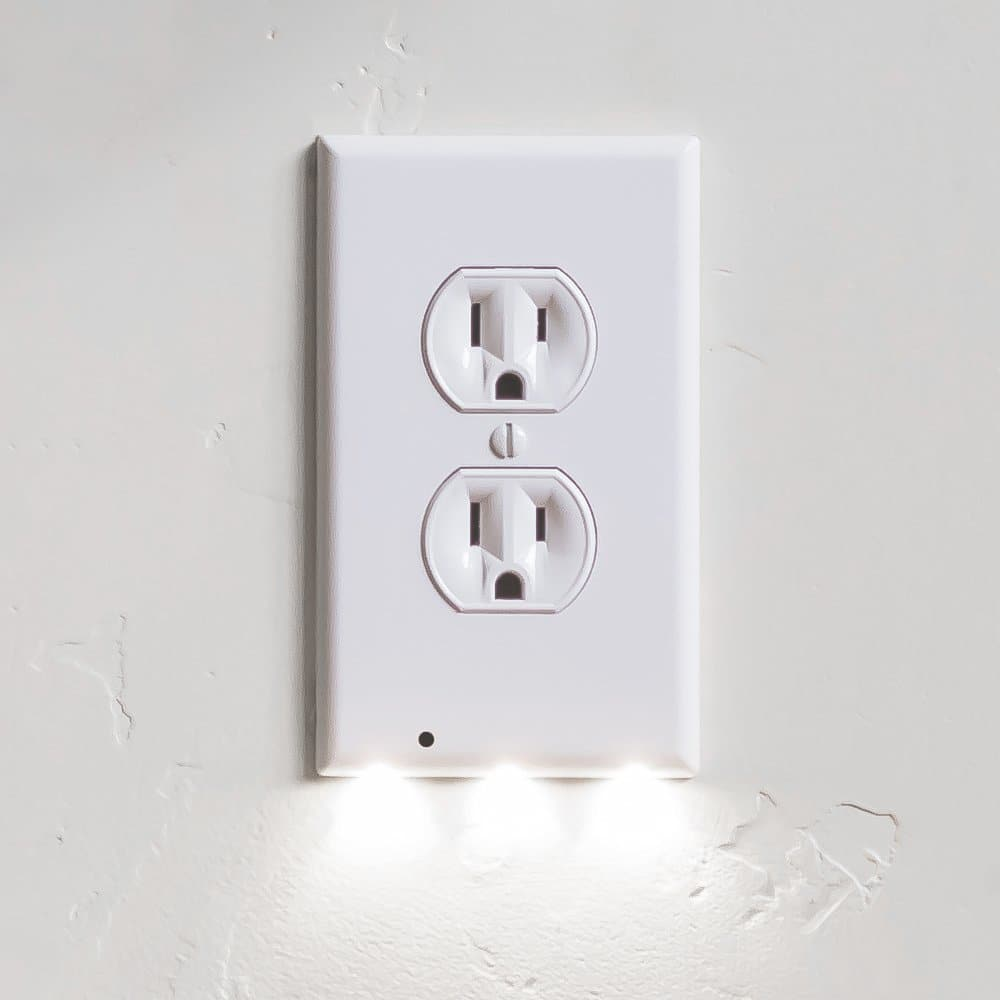 SnapPower GuideLight Outlet Cover Plate with LED night light - $5 @ Amazon $4.99