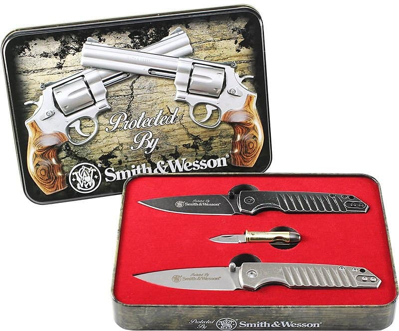 Smith & Wesson Limited Edition 3 Knife Set in Collectible Tin $21.99