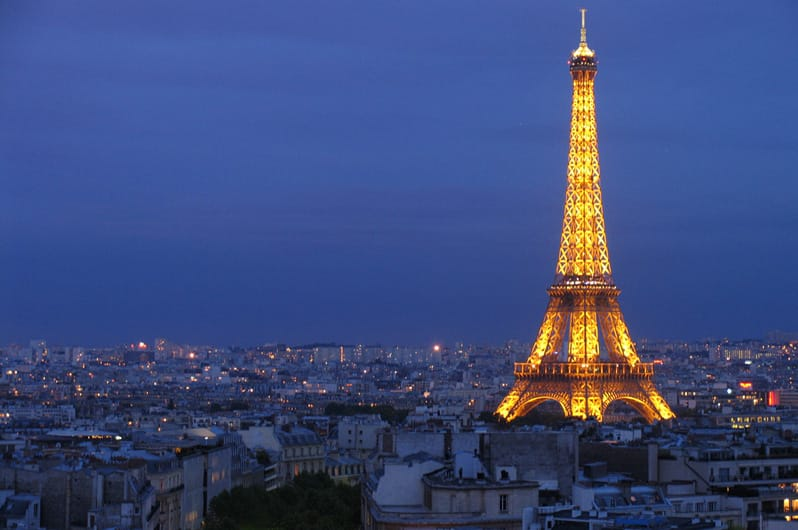Lufthansa Airlines: Roundtrip NYC or Chicago to Paris  from $466 & More