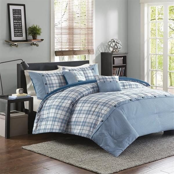 4-Piece Daryl Comforter Set (queen) $19, 4-Piece Campbell Comforter Set (queen) $24, 7-Piece Bradford Comforter Set (queen or king) $26 + free shipping