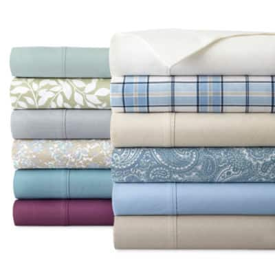 JCPenney Home 300tc Cotton Poly Blend Easy Care Solid Sheet Set (Twin) 2 for $16 ($8 each) + Free store pickup at JCPenney