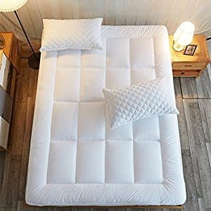 Goose Down Alternative Quilted Deep Pocket Mattress Topper $39.54 @ Amazon