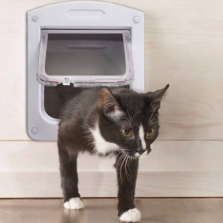 OxGord Dog Cat Flap Doors with 4 Way Lock for Pets Entry & Exit - 2016 Newly Designed Model for $4.95 @Walmart