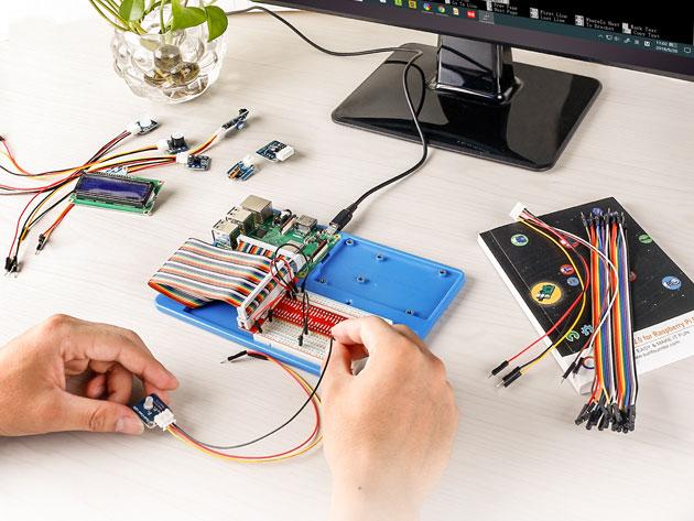 Complete Raspberry Pi 3B+ Starter Kit & Course Bundle $114.99