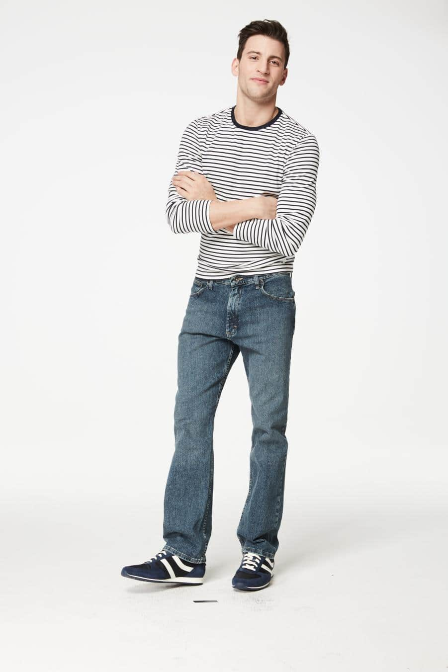 Macy's: 30% Off Select Styles of Wrangler Jeans Starting from $13.99