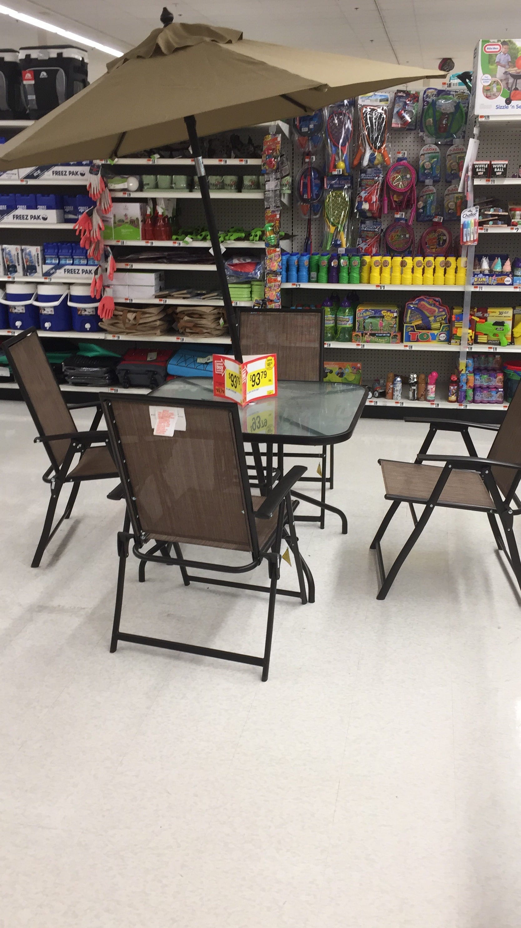 Superb 6 Piece Patio Set For $93.00 With Stop And Shop Rewards Membership Card.  Original Price