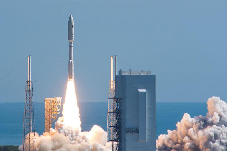 atlas v rocket by united launch alliance start at 109m. Black Bedroom Furniture Sets. Home Design Ideas