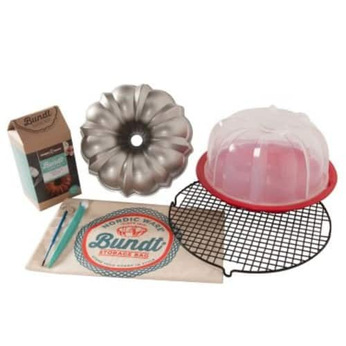 Sam's Club One Day Only: Ultimate 8-Piece Bundt Baker's Kit (Assorted Flavors) $29.98 + Free Shipping