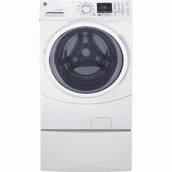 GE - 4.5 Cu. Ft. 10-Cycle Front-Loading Washer - White $599.99
