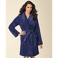 Soma Deal: Soma Embraceable Plush Robes + Matching Slippers