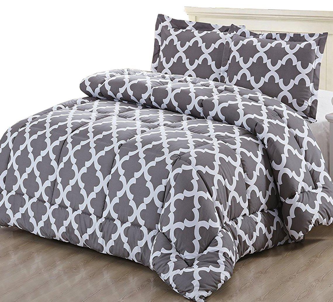 Utopia Bedding Microfiber Comforter Set with 2 Pillow Shams for $26.34