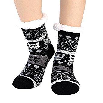 50% OFF Fleece Slipper Socks with Non Slip Grippers Sherpa for women $5.9