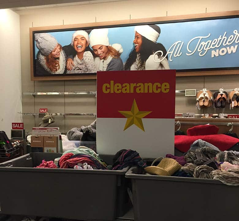 Kohl's clearance sale sign