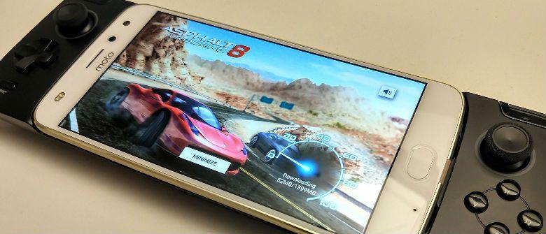 Motorola-Z2-Play-Moto-Gamepad-Mod-Review-001