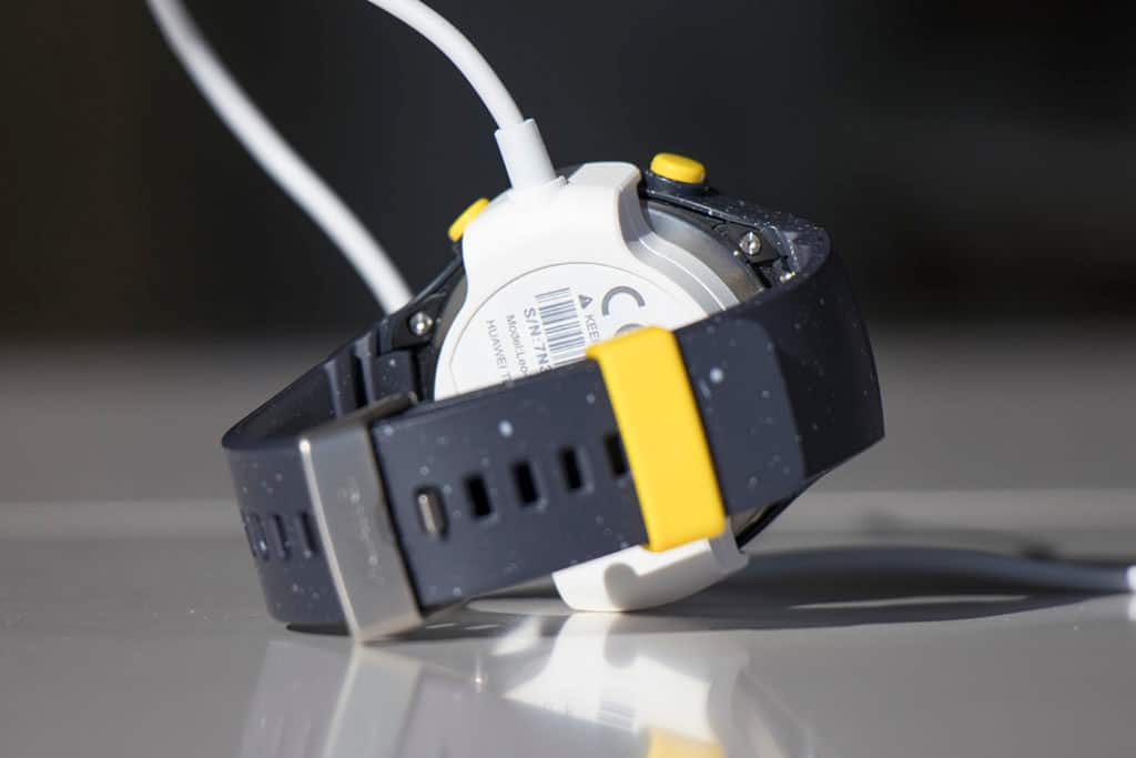 huawei-watch-charger-2