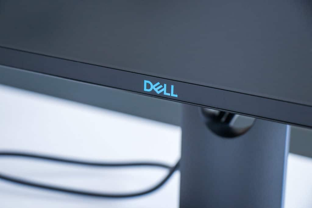 Dell-Gaming-Monitor-11