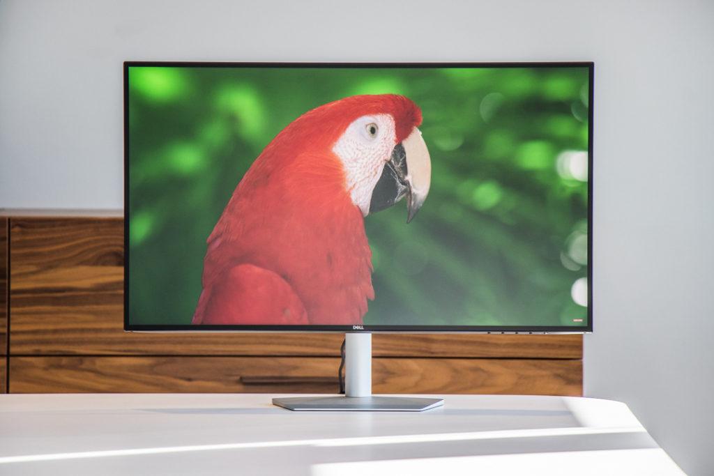 Dell-ultraThin-Monitor-5